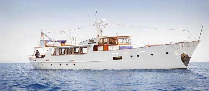 Ein Tag auf dem Meer geniessen auf dieser einmaligen Yacht auf Mallorca