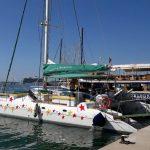 Katamaran im Hafen von Palma